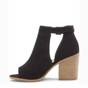Sole Society Ferris suede sandals